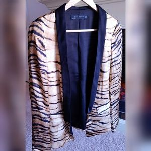 ❤ ZARA Black Silk Leopard Blazer ❤